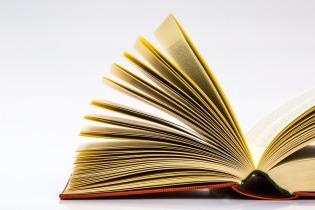 books-683901_1920